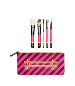 mac_sku_contour-brush-kit